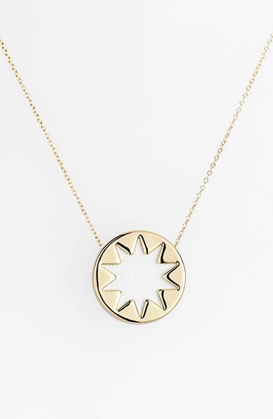 WHITE MINI SUNBURST PENDANT NECKLACE