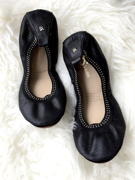 Samara - Black with Gold Studs