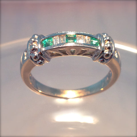 Colombian Emerald .30ct Ring With .30ct Diamonds set in 14Kt White Gold