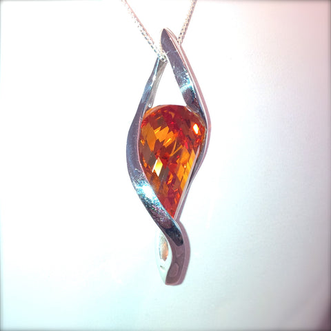 IfULoveMe in Brazil 925 Twisted Tear 8ct Orange Sapphire Pendant in Silver
