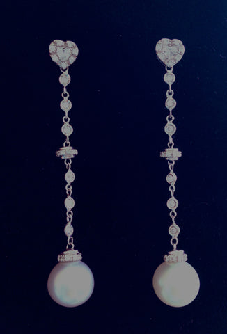 Beautiful Heart Shape Siberian Diamond Earring with Australian South Sea Pearls
