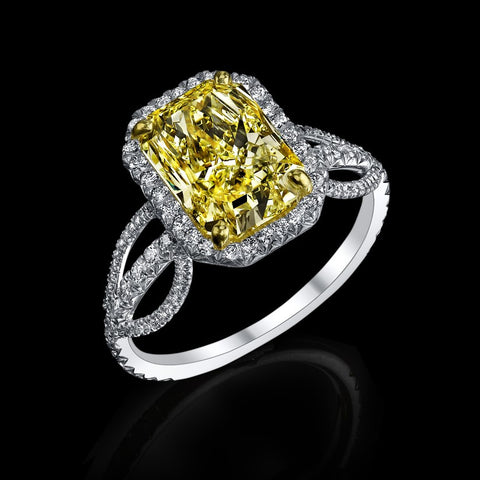 Near Flawless Siberian Canary Diamond Ring