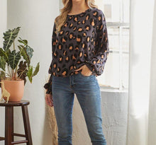 Load image into Gallery viewer, Casual Leopard Print Top