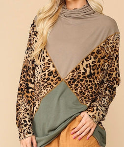 Solid And Animal Mixed Knit Turtleneck Top