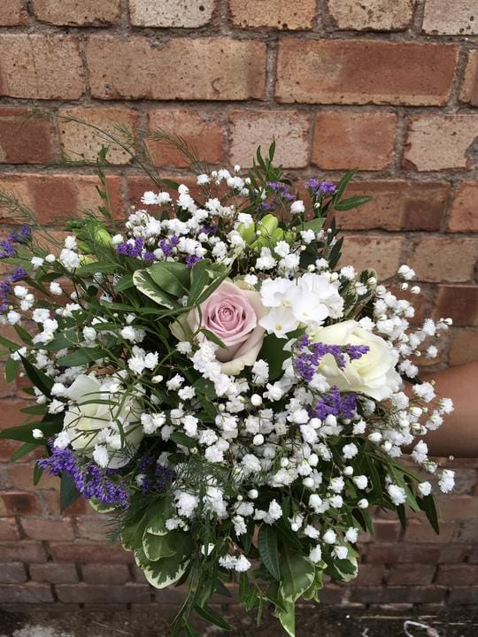 Wedding Highlight - Classic-Style with a Hint of Lilac for a Cumbria Wedding