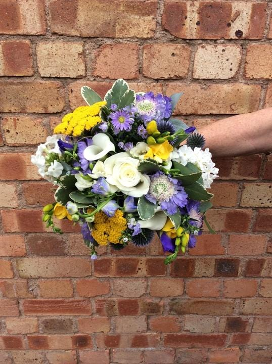 Wedding Highlight - Blues, Yellows and Brilliant Whites