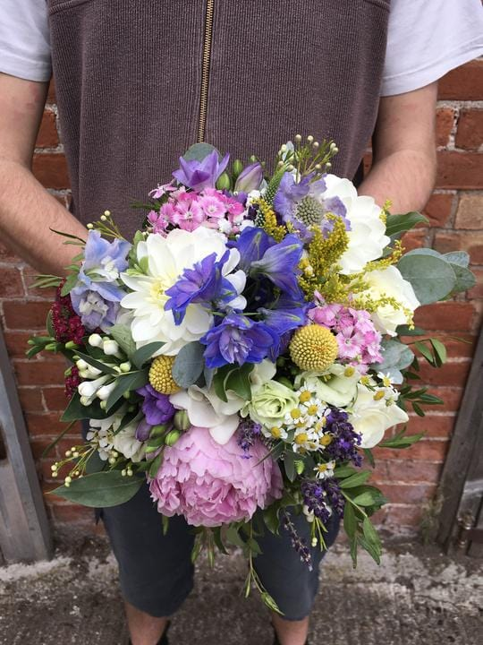 Wedding Highlight - A Vibrant, Tight and Textured Bridal Bouquet