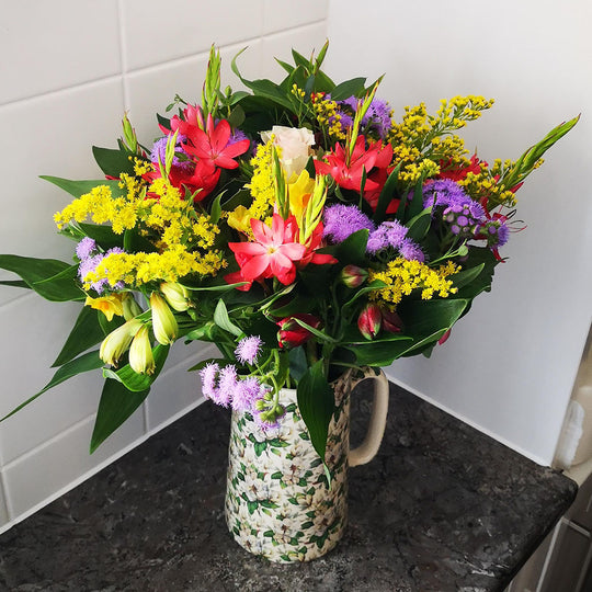 Spring will be here soon! Why not pre-order some fresh flowers!