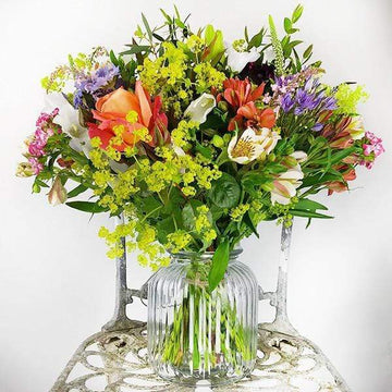Bouquet of the Month - Flower Club