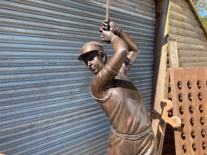Exceptional Cast Bronze Golfer