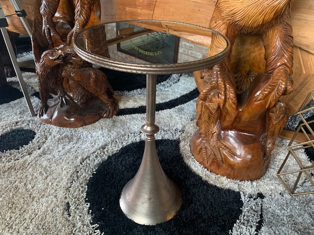 Exceptional Side Table with Beveled Mirrored Top