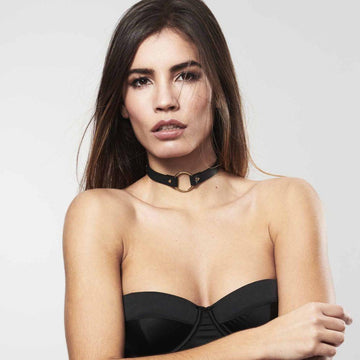 Woman wearing MAZE · Single Choker by Bijoux Indiscrets