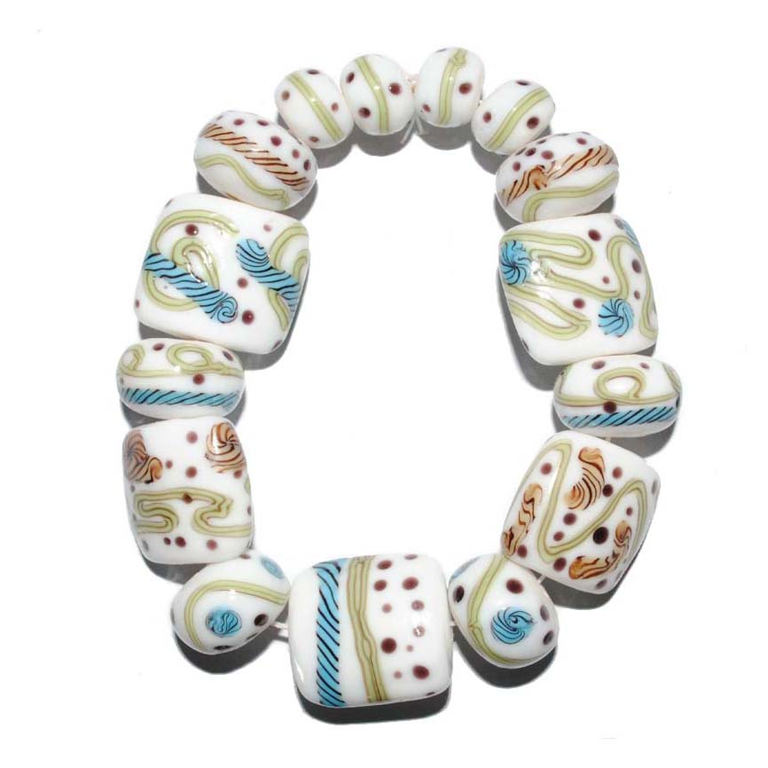 10 Sets as image, Designer Lampwork glass bead set for your consideration. Our lampwork beads in this beautifully coloured set.