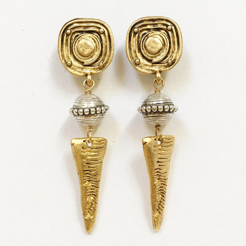 "Clip Earrings E-C7-29-GC  (2.5""L)"