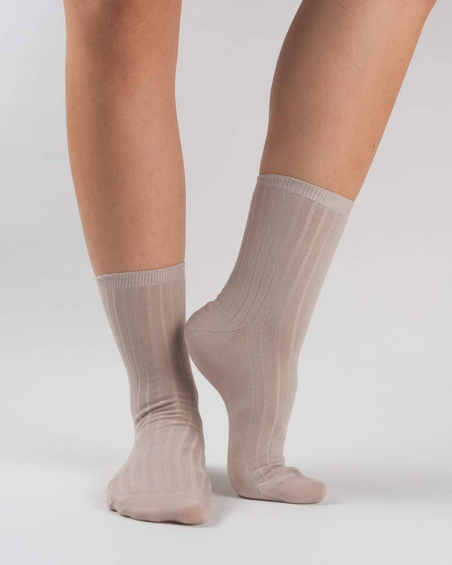 Woron organic cotton rib knit socks dusty rose
