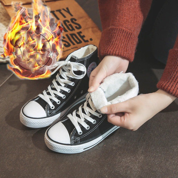 Black Flat Hee Canvas Warm Sneakers