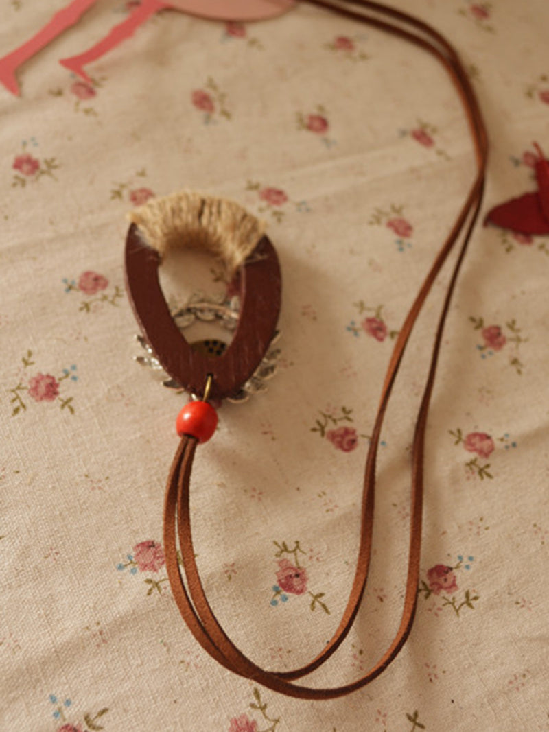 Vintage Wood Animal Metal Necklace