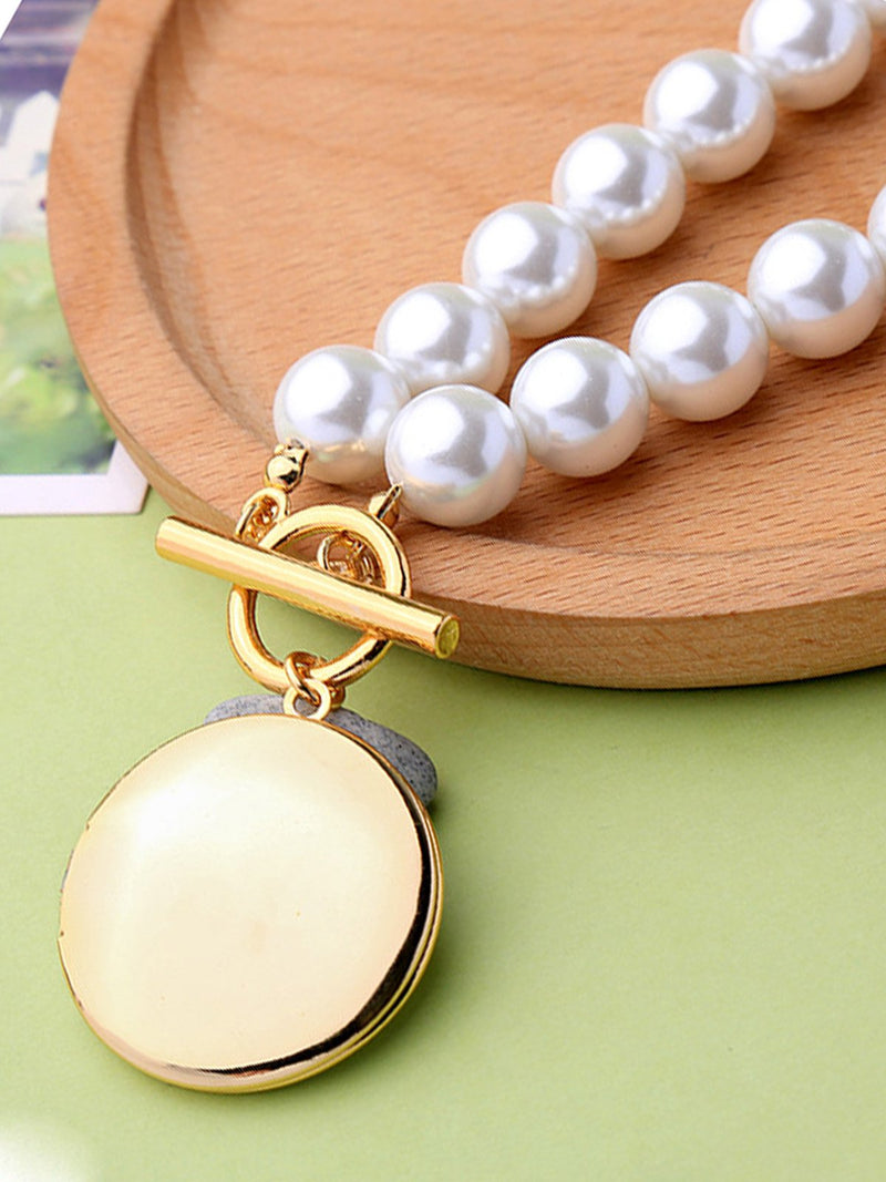 White Round Pearl Necklace