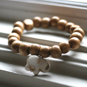 Lucky Elephant Bracelet (natural wood)