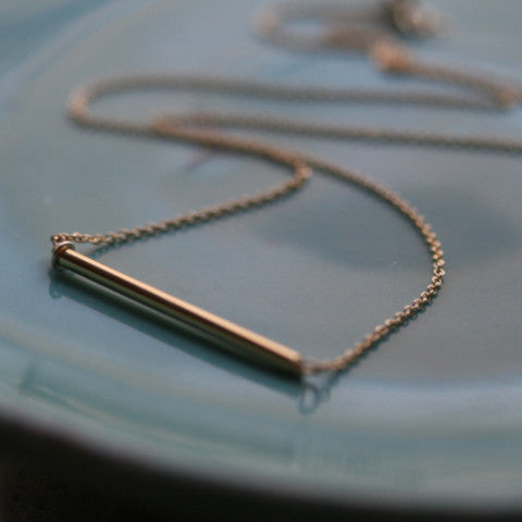 Gold Round Bar Necklace