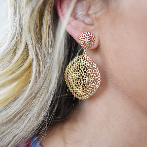 Flash Sale Thursday: Florence in Fall Earrings & Pearls