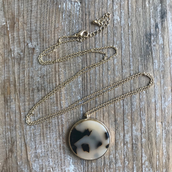 Blonde Tortoise Disc Necklace