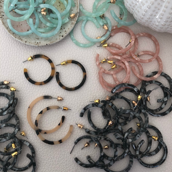 Middles Resin Earringss