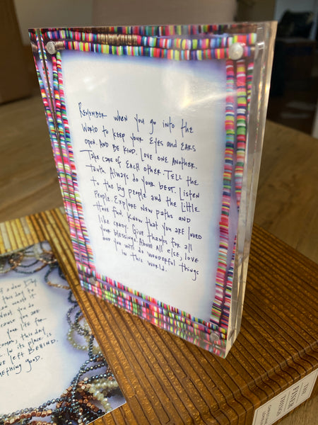 Frame and Inspirational Quote Kit