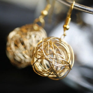 Gold Nest Earrings