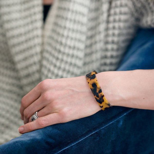 Thin Tortoiseshell Bangle