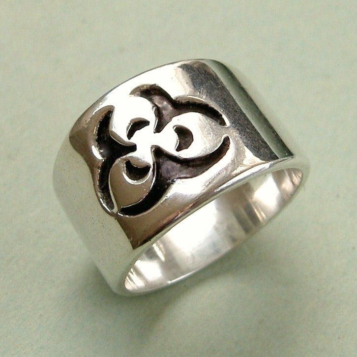 extra large men's sterling silver symbolic trefoil ring size 11-12