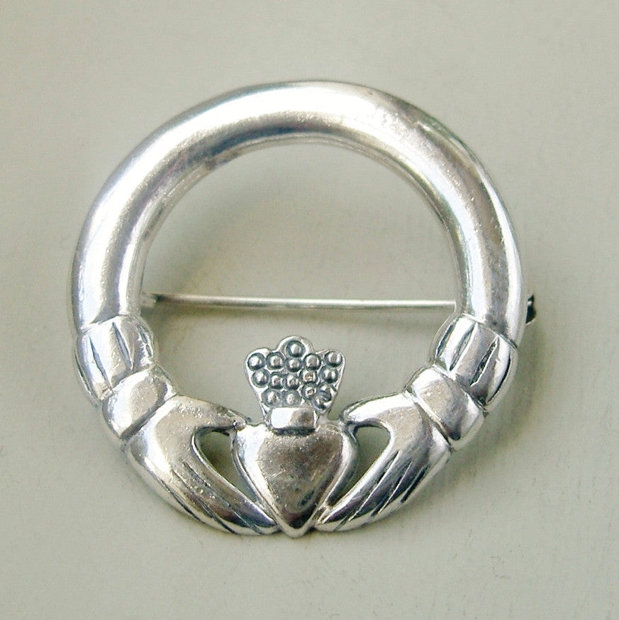 Sterling silver Claddagh brooch 1