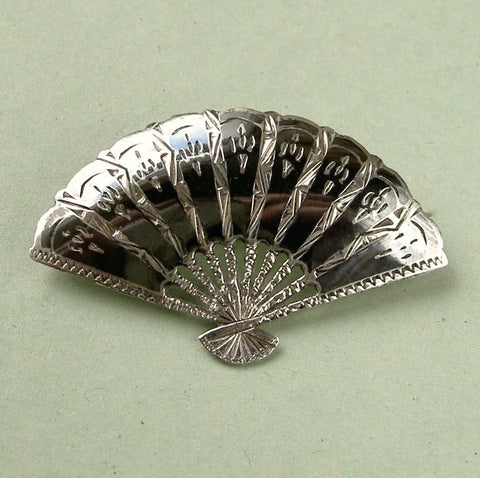 Vintage Siam sterling silver niello / nielloware fan brooch