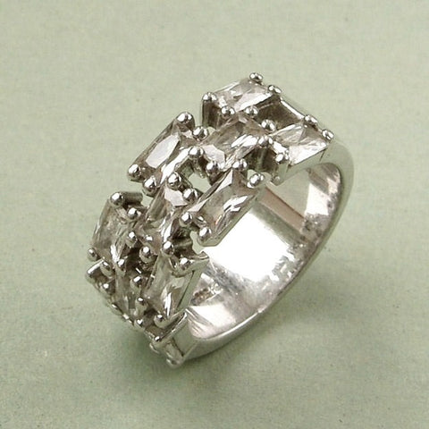 Chunky sterling silver & cubic zirconia ring. Size M-N / 6-7