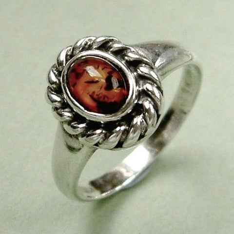 Vintage sterling silver & amber ring.  Size N / 7