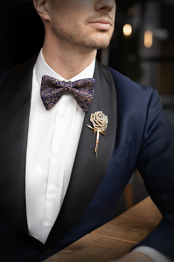 Butterfly Style Bow Tie-Gold/Navy
