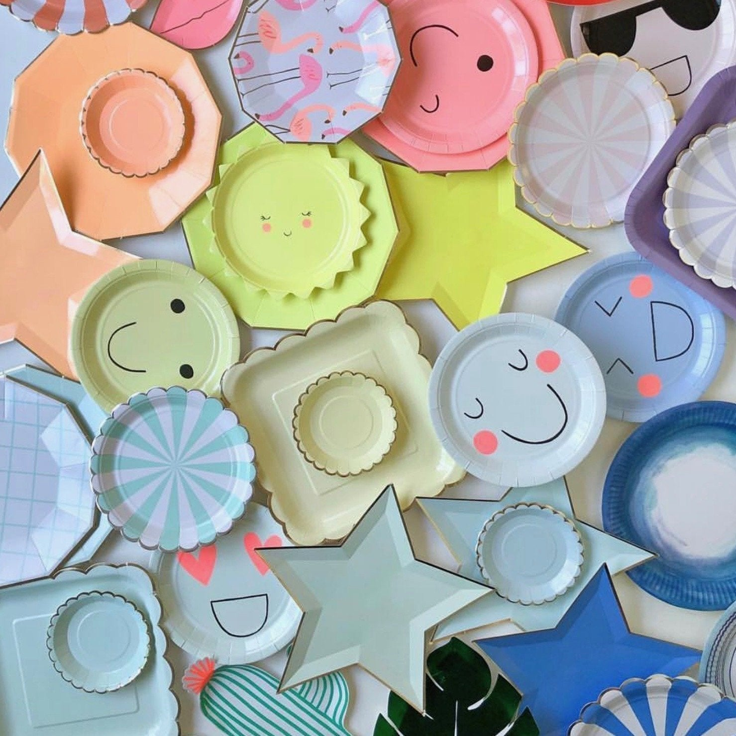 Paper Plates Party Supplies Partyware Putti Celebrations Canada Putti Fine Furnishings