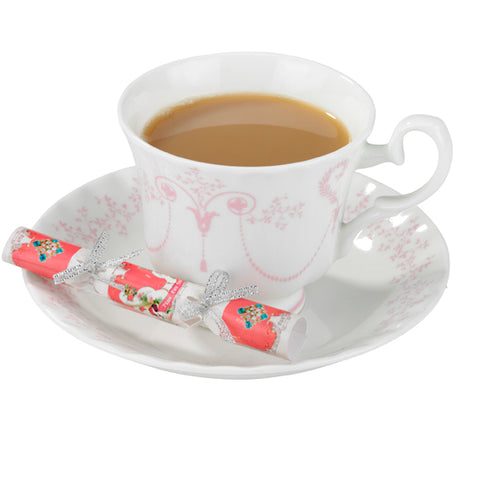 """Pastries and Pearls"" Saucer Crackers-Party Supplies-TT-Talking Tables-Putti Fine Furnishings"