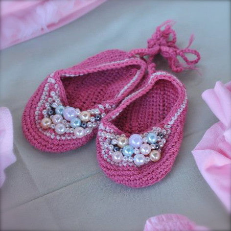 Pink Crochet Baby Booties with Pearls - 0-6 months Baby Booties - Hand Made - Putti Fine Furnishings Toronto Canada