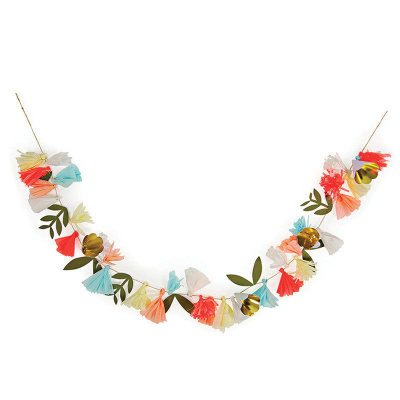 Meri Meri Flower Bouquet Garland -  Party Supplies - Meri Meri UK - Putti Fine Furnishings Toronto Canada - 1