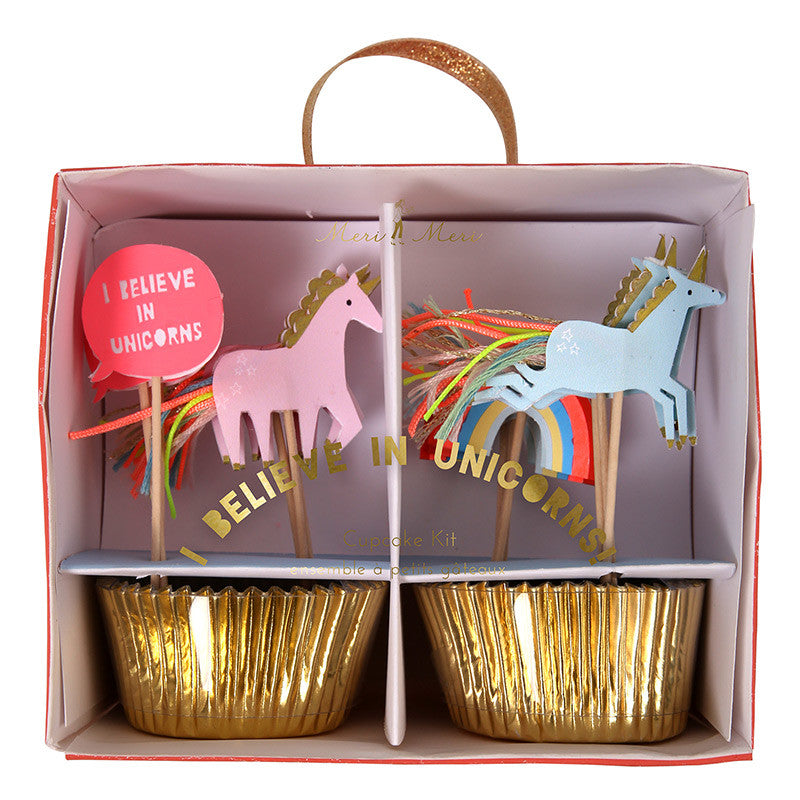 "Meri Meri ""I Believe in Unicorns""Cupcake Kit"