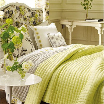 Designers Guild Quilt Chenevard Silver & Willow