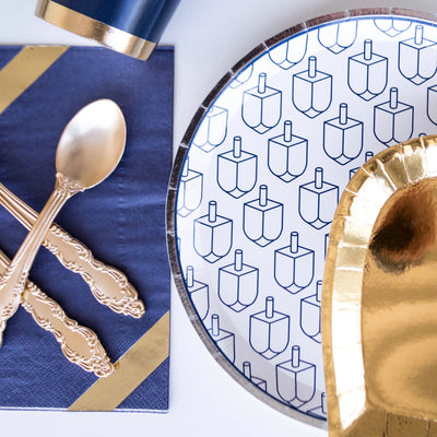 Jollity & Co Dreidel Paper Plate | Putti Hanukkah Celebrations