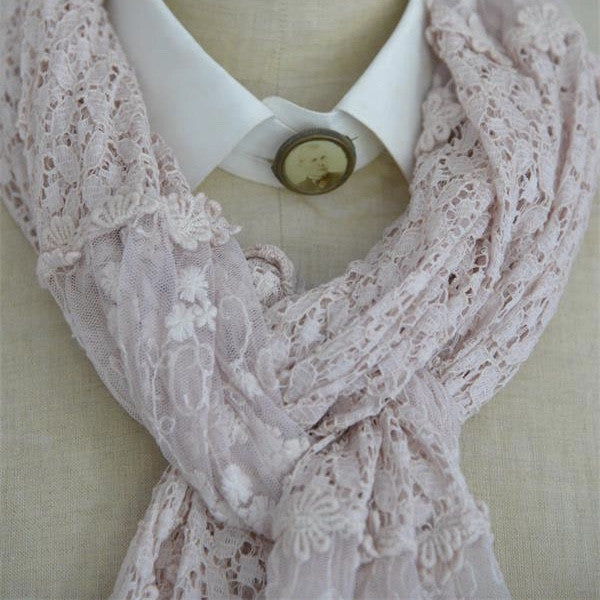 "Jeanne d'Arc Living ""Delightful Moods"" Scarf - Powder Rose"