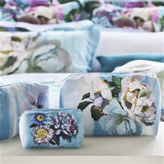 Designers Guild Delft Flower Sky Toiletry Bag - Medium