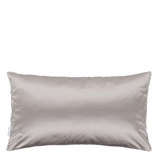 Designers Guild Trentino Magenta Cushion - Putti Fine Furnishings