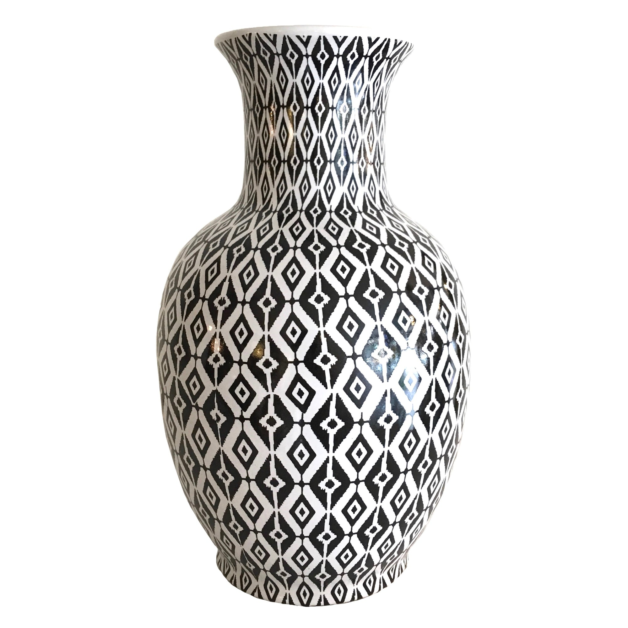 Black and White Geometric Vase