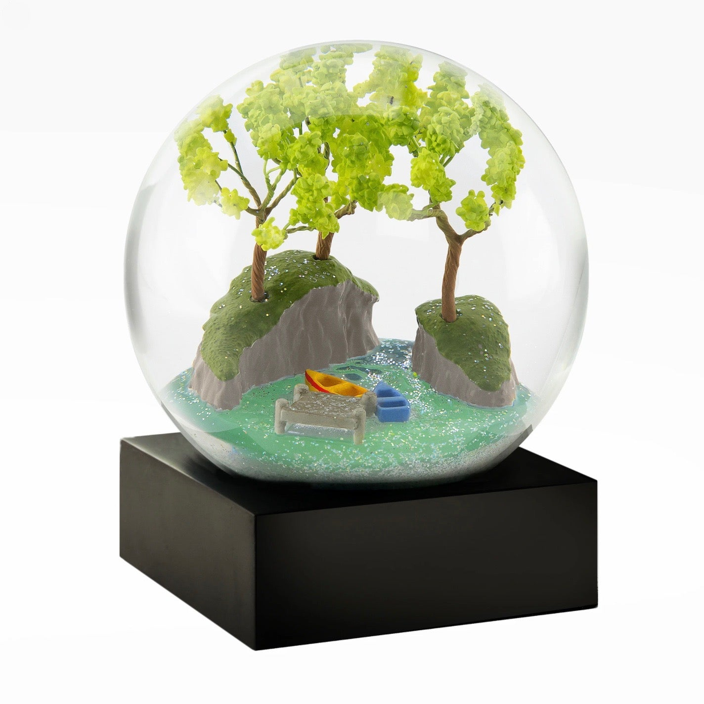 CoolSnowGlobes - Lakeside Snow Globe | Putti Celebrations Canada