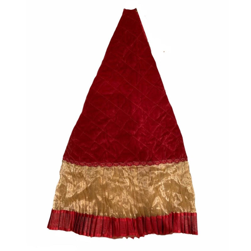 Red Quilted Velvet Christmas Tree Skirt With Gold Organza Border  | Putti Christmas Celebrations