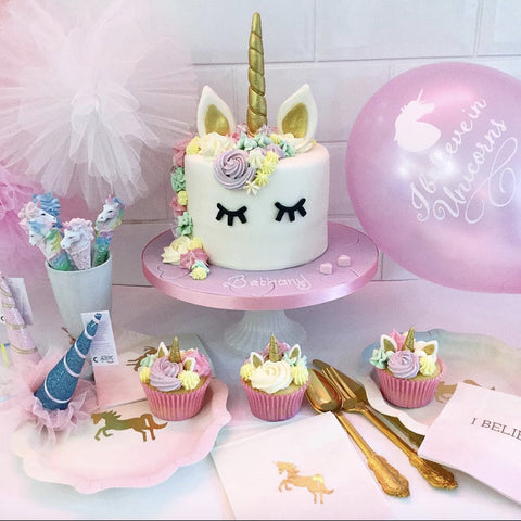 \ We Heart Unicorns\  Paper Plates - Party Decorations - Talking Tables. \  & Talking Tables \